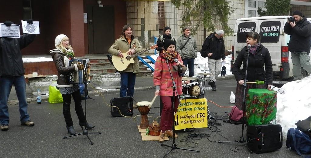 Екологи протестують проти малих ГЕС