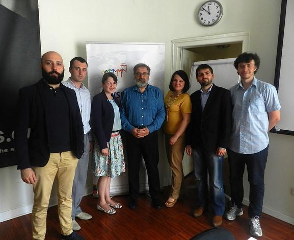 """Учасники програми """"Молодь змінить Україну"""" та Кшиштоф Становскі"""