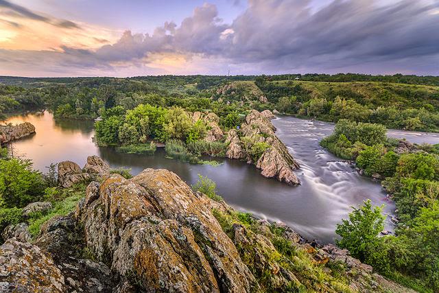 """8 місце. Вечір на """"інтегралі"""" – річка Південний Буг.  © Євген Самученко"""