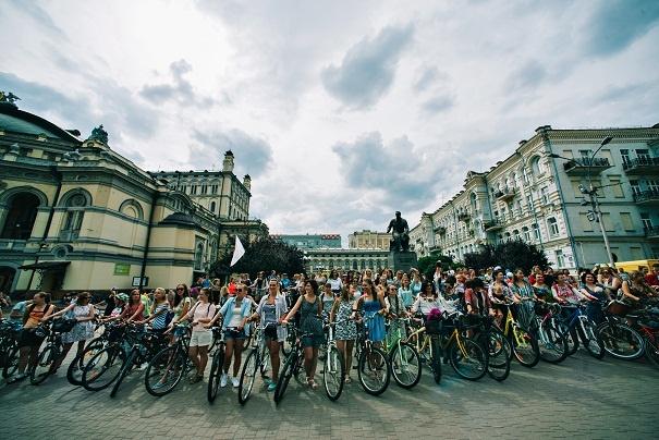 велопарад дівчат 2016
