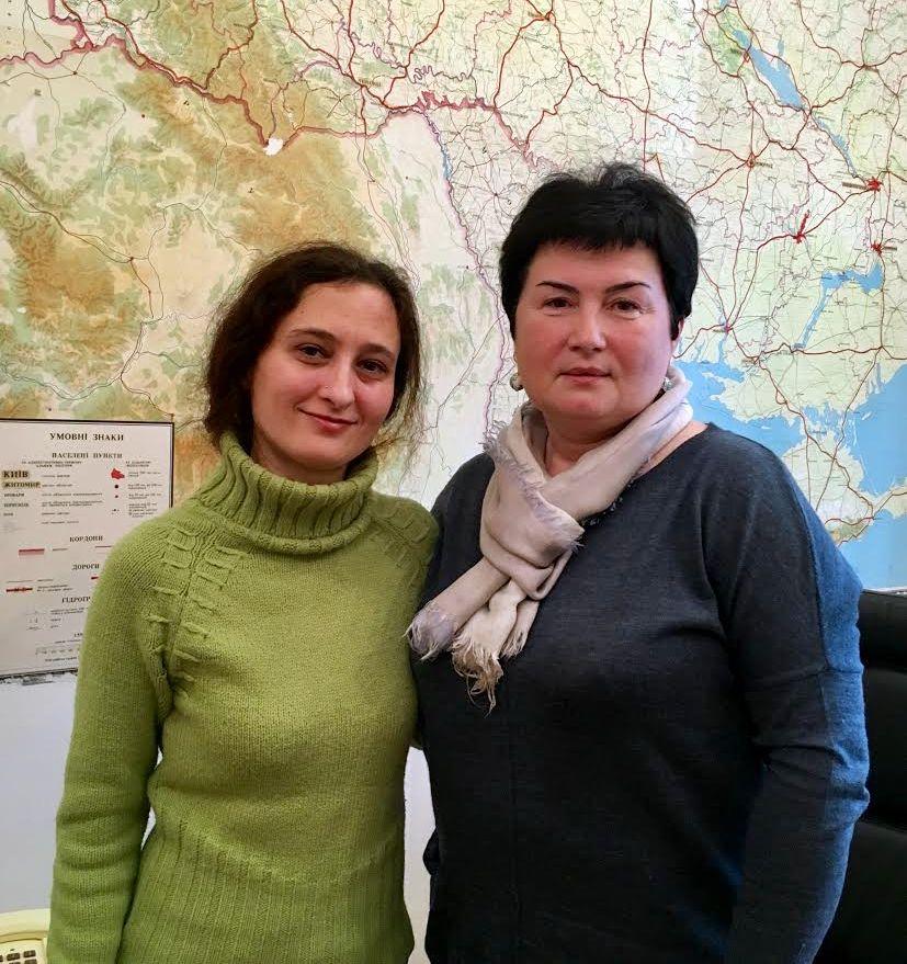 С.Воцеховська з журналісткою ГП
