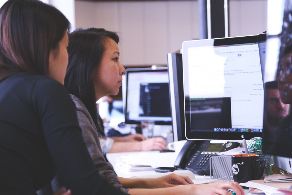 IT digital coaching coders coding women жінки навчання