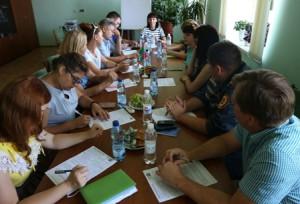 Під час фокус-групи в смт Чернігівка (фото Альони Синєпольської)
