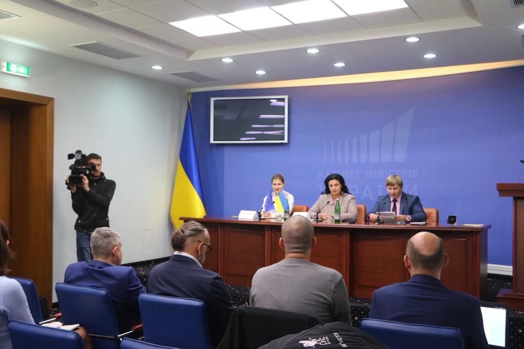 Зустріч журналістів з  Іванною Климпуш-Цинцадзе, віце-прем'єркою з європейської та євроатлатничної інтеграції