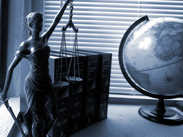 lady-justice-2388500_640 (1)