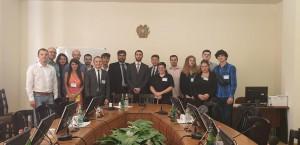 круглий стіл в парламенті Вірменії