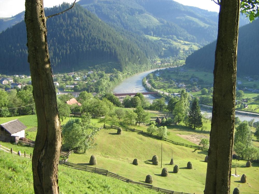 Село Усть-Путила Чернівецької області