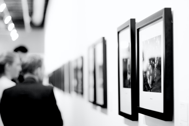 black-and-white-art-museum-europe-21264