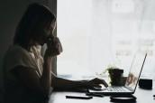 онлайн офіс вебінар тренінг жінка