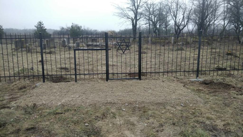 Кладовище в Клішківцях