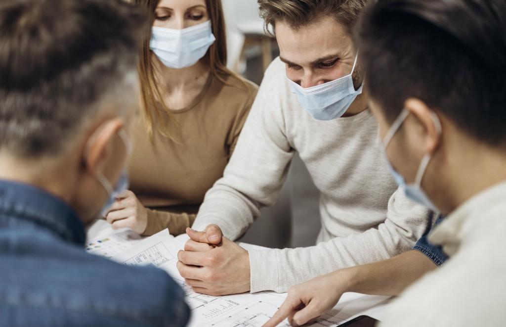 people-wearing-medical-masks-work