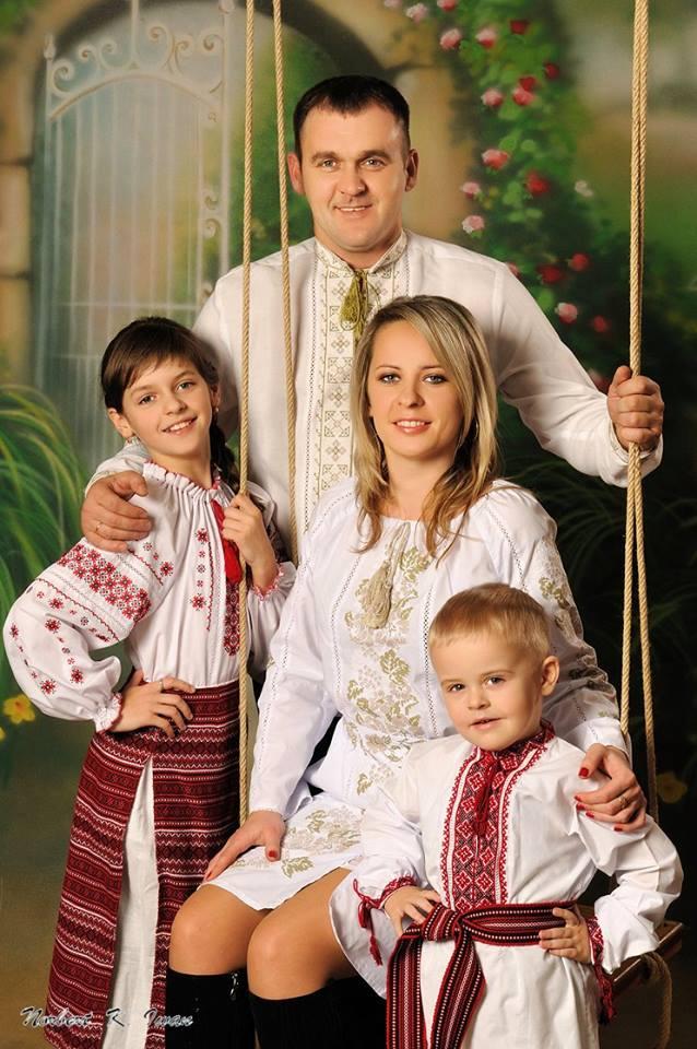 Іван Раповий з родиною.