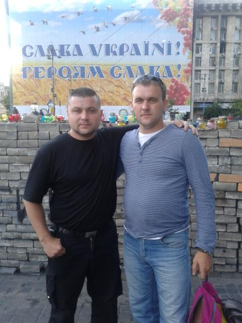 Іван зі своїм рятівником Євгеном Воленком.