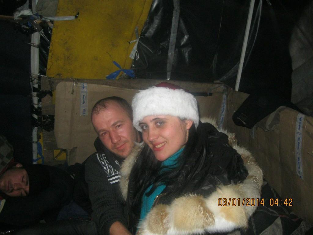 Іван та Ірина в наметі на Інститутській.