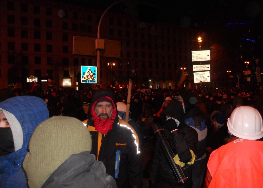 Юрій Вербицький на вул.Грушевського ввечері 19 січня. Фото: Сергій Чулков.
