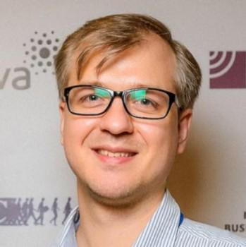 Артем Карявка
